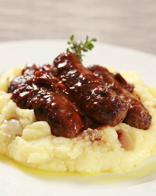 Venison sausages with roasted garlic mash
